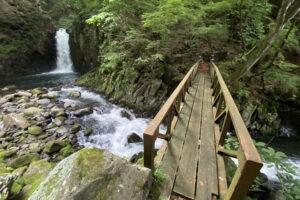 高根町の大滝